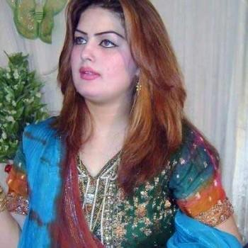 غزاله جاوید خواننده نامی پاکستان که برای آزادی زنان در بند اسلام مبارزه می کرد، در تاریخ ۱۸ ژوین همراه با پدرش به دست متعصبین مذهبی و سربازان اسلام  به خاک و خون کشیده شد.