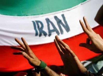 ۲۰۱۰، سال پیروزی جنبش سبزمردم را از هم اکنون به هم میهنان خود شادباش می گوییم