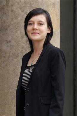 خانم کلوتیلد رئیس Clotilde Reiss معلم فرانسوی گروگانی که باقاتل دکتر بختیار معاوضه شد.