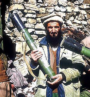 سراج الدین حقانی یکی از بی رحم ترین گروه نظامی القاعده که در حال گفتگو با دولت آمریکا و افغانستان  برای شرکت در سیاست آن کشورمی باشد.