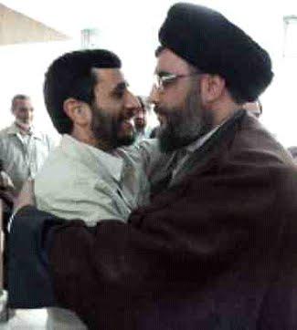 حسن رذل الله و انگلی نژاد، دو عرب نژاد، دو غارت گر، و دشمن مردم و کشورمان، و دو دلباخته و عاشق یکدیگر.