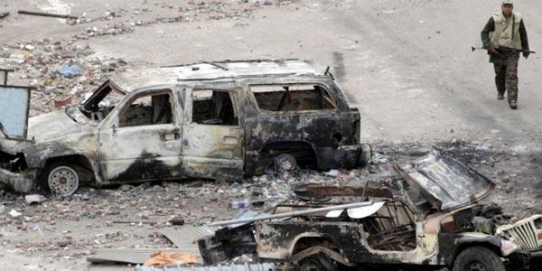 عکس العمل و تلافی- این روش بسیار پسندیده ای است که مردم مصر در پیش گرفتند. هنگامی که رژیم دیوانه وار با اتوموبیل به میان مردم می راند، و انسان ها را از پای در می آورد، بهترین راهء رفتار به مثل، و به آتش کشاندن خودروهای آنهاست.