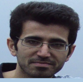 یوسف رشیدی جوان سلحشور و دلاوری که یک تنه در برابر کفتار وحشی رژیم به نام احمدی نژاد ایستادگی کرد، او را به نام درستش « فاشیست» نامید، هم اکنون در چنگال آدم خواران و لاش خوران ولایت وقیح است، و بیم آن می رود تا این قهرمان کشورمان را سربه نیست کنند.