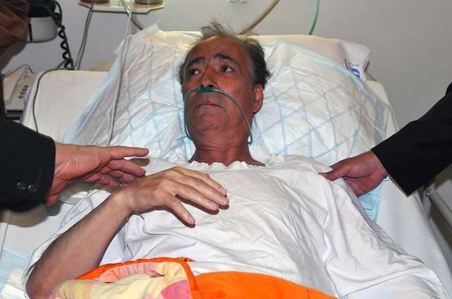 ناصر حجازی گرفتار و اسیر بیماری در بیمارستان. بیماری سرطان ریه که سرانجام پس از دوسال، او را از پای درآورد.