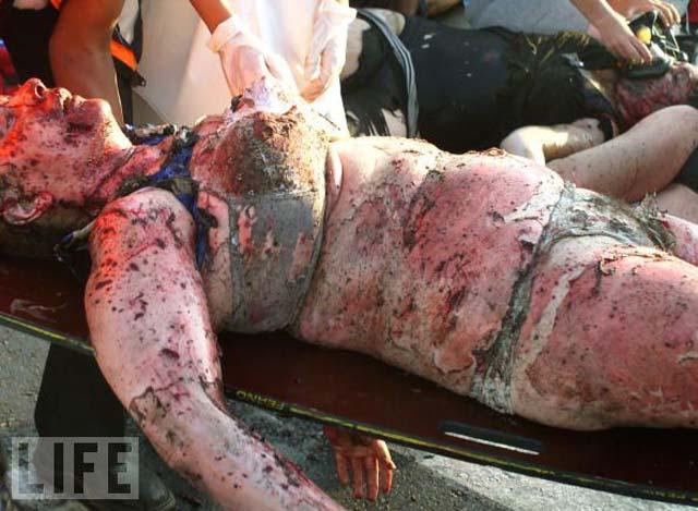 این هم یک بمب گذاری  اسلامی است که یک فلسطینی در ۱۲ ژوئیه ۲۰۰۵ در مرکز خرید شهر نتانیا دراسرائیل گذاشته است. هرگونه قضاوت در مورد این کار زشت و نا پشند برعهده  خوانندگان گرامی است.