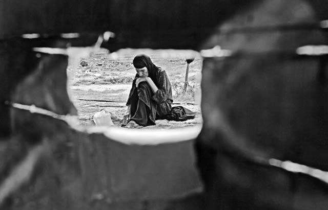 این هم گوشه ای است از فقر که در گوشه و کنار کشورامان همیشه وجود داشته است. البته در دوران جنگ جنهانی دوم، میزان و تعداد آن بیشتر بوده است.