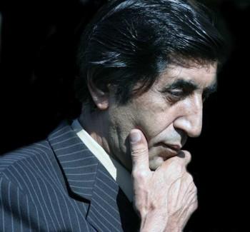 بهرام مشیری، کسی که هزاران هزار ایرانی را با نجات دادن از تعصبات خشک مذهبی مدیون خود کرده است و در قلب همه ایرانیان راستین و میهن دوست جای دارد. باید به شرف و شجاعت این بزرگمرد درود فرستاد.