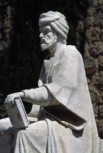 زکریا رازی، فیلسوف، نویسنده و دانشمند نامی ایرانی یکی از بزرگترین منتقدین دین و به خصوص اسلام بوده است که سر انجام مسلمانان خردباخته، آنقدر با کتاب بر سرش کوفتند که آن بزرگمرد نابینا گشت. این است واقعیت اسلام رحمانی.
