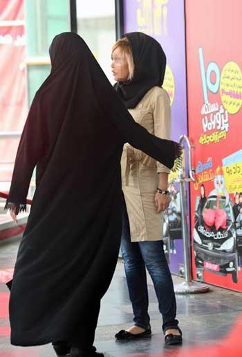 در صورتی که هیچ مرد و جوانک بی کاری هم مزاحم بانوان ایرانی نشوند، این زنان زشت روی بسیجی هستند که جلوی ایشان را خواهند گرفت و به زندگی خصوصی دختران جوان ایرانی سرک خواهند کشید. آیا غیر از این است که یک زن در ایران فقط دارای حق و آزادی برای نفس کشیدن است و بس؟