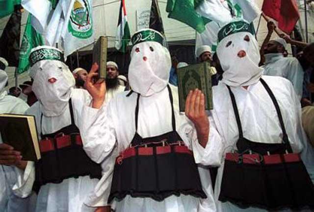 فرتور مسمانان تروریست خردباخته را نشان می دهد، این مسلمانان روزی ۵ بار نماز خوانده و حتی یک روز، روزه عقب افتاده ندارند. ایشان همواره وضو داشته و تنها کتابی که می خوانند قرآن است.این ها مسلمانان واقعی هستند که کارشان کشتار هر چه بیشتر نا مسلمانان است.