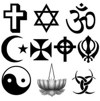 سکولاریسم موجب جدایی دین از سطح اجتماع می شود. در یک جامعه سکولار، مردم با هر باور و عقیده ای که دارند یاد خواهند گرفت که با یکدیگر فارق از باورها و رنگ ها، انسان گونه رفتار کنند. در حالی که در یک حکومت دینی همچون کشور ایران، کسانی که مسلمان نیستند شهروندان درجه چندم شمارده شده و با ایشان با زشتی برخورد می شود.