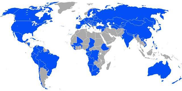 فرتور کشورهای سکولار را با رنگ آبی نشان می دهد. چون نیک بنگریم، بیشتر کشورهای پیشرفته و یا در حال پیشرفت سکولارند. این در حالی است که تمامی کشورهای فلک زده که ملتی رنجور و بینوا دارند، سکولار نبوده و دارای حکومت های مذهبی می باشند.