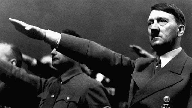آدولف هیتلر با داشتن باورهای نژاد پرستانه، میلیون ها نفر انسان بیگناه را به قتل رساند، نژاد پرستی و اینکه کسی گمان کند به دلیل نژادش و یا رنگ پوستش از شخص دیگری بهتر و والاتر است، دیوانگی محض است. حال نمی توان سخنان فاشیستی و نژاد پرستانه را با سوء استفاده از قانون آزادی بیان هر جایی بیان کرد و یا به تبلیغ آن پرداخت. آزادی بیان نیز حد و مرز های مشخص شده خود را دارد.