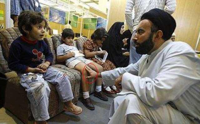 طبیعت آخوند زنبارگی و بچه بازی است. در اماکن مذهبی مانند قم، کودکان از دست آخوندها در امان نیستند. حالا می خواهند مساجد را به کودکستانی تبدیل کنند که سرپرست و همه کاره آن آخوند است.