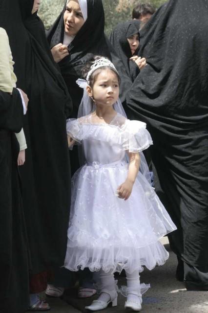جنایتی به نام ازدواج کودکان یا گسترش فساد و فحشاء در ایران ...