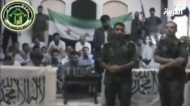 ۴۸پاسدار مسلح و کشتار گر ایرانی در سوریه به وسیله نیروهای انقلابی دستگیر شدند. دولت ایران با بیشرمی این گروه همکار با بشار اسد را زائرین نامیده است.
