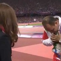 Iranian-Paralympic-athlete-Mehrdad-Karam-Zadeh-refuses-to-shake-Duchess-of-Cambridge-hand-kate-iran-olympics