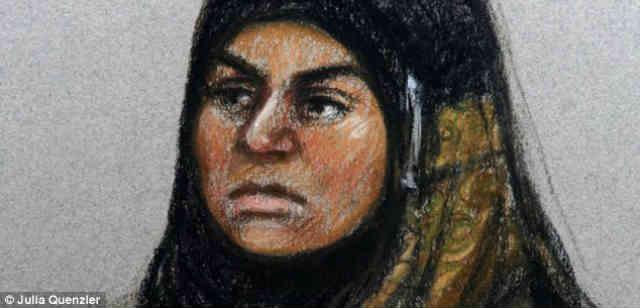 یک هنرمند سارا، مادر روانپریش مسلمان را اینگونه که می بینید نقاشی کرده است؛ به راستی این زن مذهب دوست و خداجو، سبمل پندارهای مذهبی در یک جامعه متمدن است. بایستی که مذاهب را جمع نموده و جملگی را در سطل زباله تاریخ بریزیم.