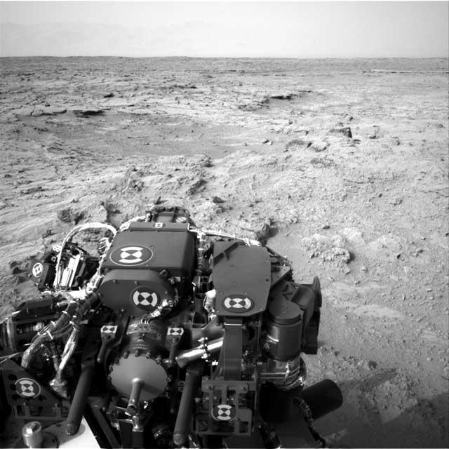 کاوشگر کنجکاوی در سطح کره مریخ