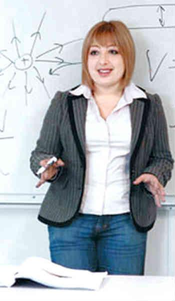 آلیاصبور، جوانترین پروفسور ایرانی- آمریکایی