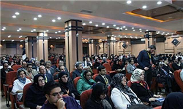 هم زمان با هفتاد و سومین سال درگذشت فرخی یزدی، مراسم بزرگداشت این شاعر و روزنامهنگار آزادیخواه در یزد برگزار شد.