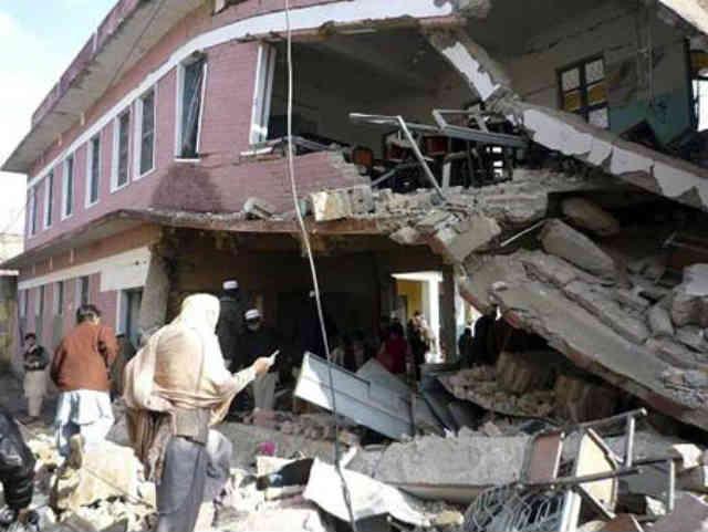 یکی از دهها مدرسه ای که در آتش خشم طالبان سوخت و خاکستر شد