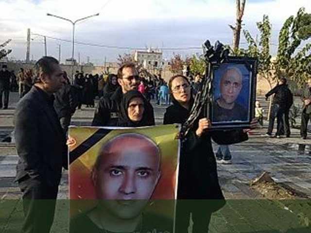 یاد قهرمان دلاور و آزادیخواه، ستار بهشتی همانند صدها جان باختگان دیگر، در راه دموکراسی و سربلندی میهن عزیزمان هرگز فراموش نمی شود. یادشان گرامی باد.