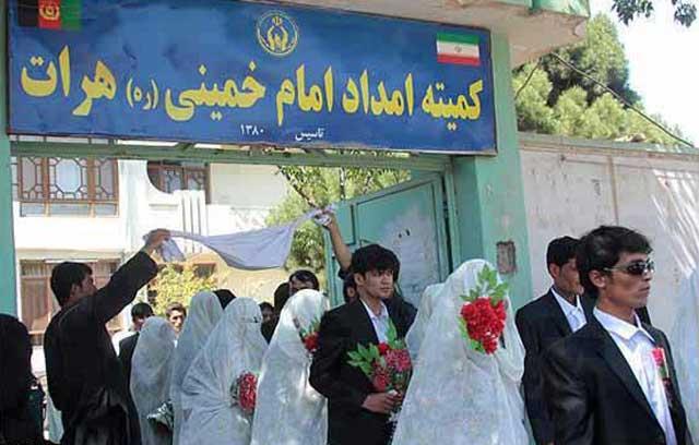 اینهم ازدواج کیلویی به روش امام خمینی، با هزینه و برنامه ریزی ایران در هرات افغانستان انجام می شود
