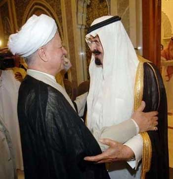 ظالمان و دیکتاتورها، هیشه با هم ودر کنار همند. رفسنجانی و ملک عبدالله در کنار هم دیده می شوند.