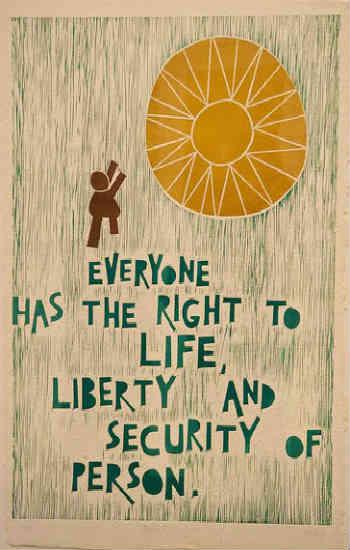 فرتور ماده ای از اعلامیه جهانی حقوق بشر را بیان می کند که می گوید: هر فردی حق زندگی، آزادی و امنیت شخصی دارد؛ به راستی کدام یک از این موارد در قوانین قرون وسطایی اسلامی رعایت می شوند؟!