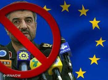 محمد علی جعفری رئیس جنایتکار سپاه که بی تردید می تواند نقشه کودتای نظامی با همکاری احمدی نژاد در سر داشته باشد.