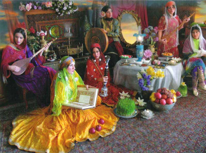 جشن زیبا و با شکوه نوروز که یادگار چندین هزار سال تاریخ کهنسال ایران است. فراموش کردن و کم رنگ نمودن این جشن بزرگ، آیا بزرگترین توهین به فردفرد ایرانی نیست؟!