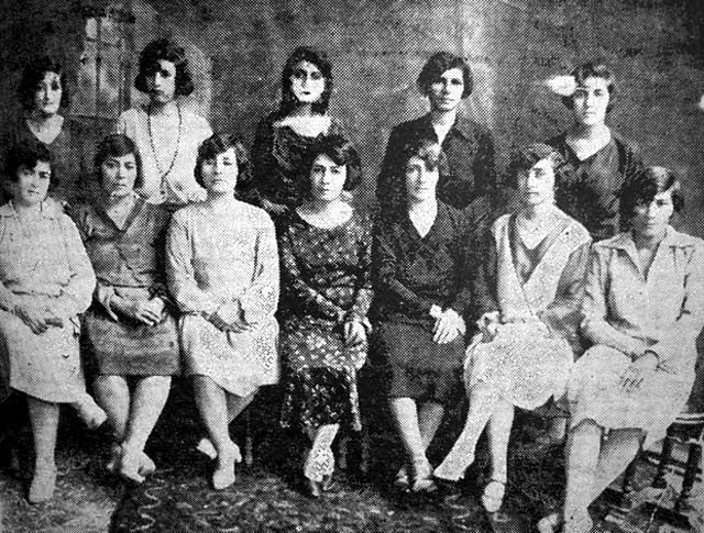 گروهی از زنان روشنفکر و آزادی خواه در سالهای ۱۳۰۱-۱۳۱۱