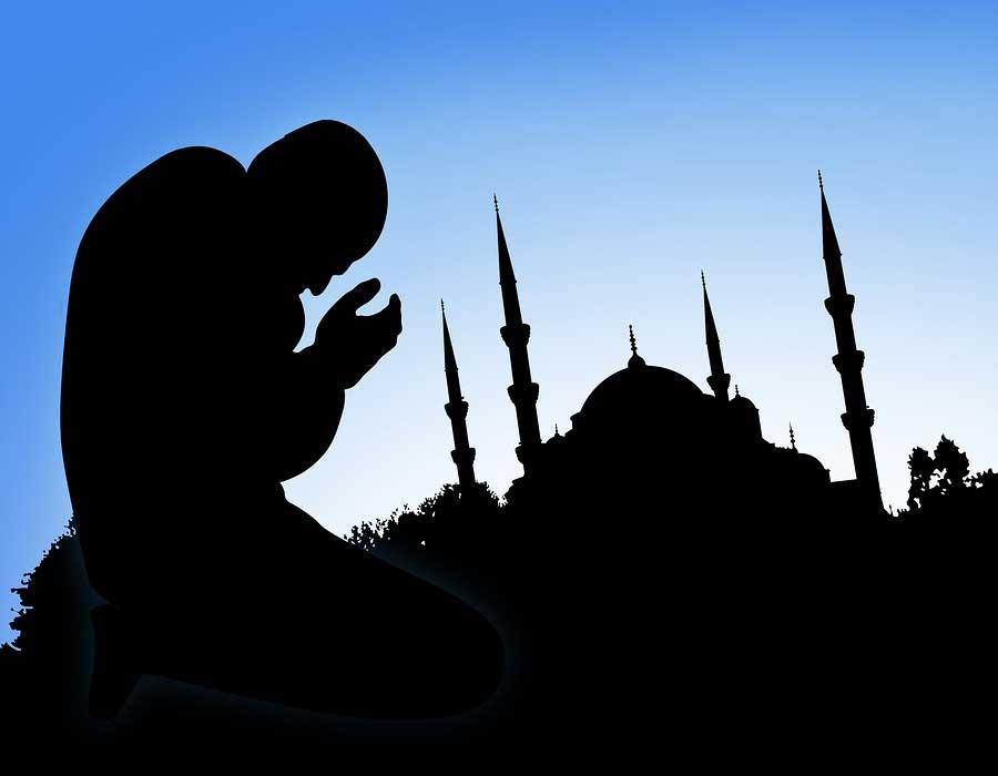 praying-to-an-imaginary-god-islam