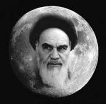 دیدن عکس خمینی روی کره ماه، حاکی