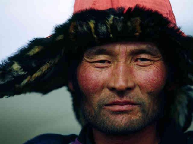 این فرتور چهره یک تُرک واقعی را نشان می دهد، آذریان زیبارو، ایرانی اند و هیچ رابطه ای با تُرکان ندارند!