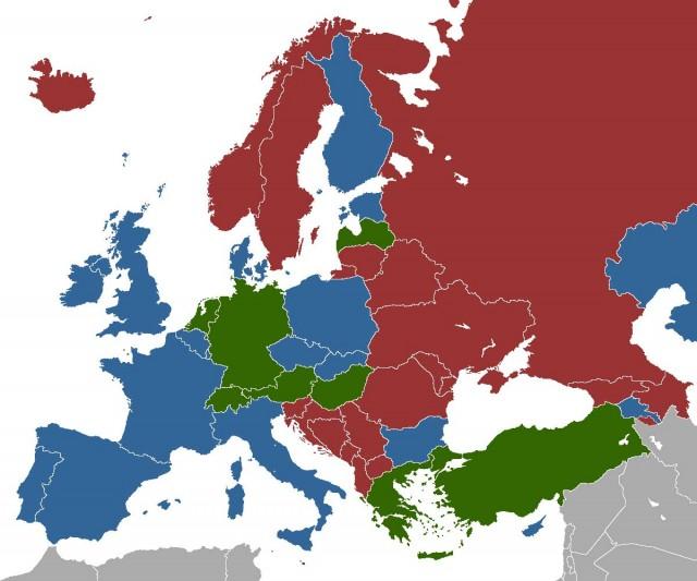 در اروپا نیز روسپیگری وجود دارد که بازهم از اختلاف طبقاتی و یا هوسرانی عده ای از زنان ناشی می شود. روسپی ها در اروپا بیشتر مهاجران و رانده شده های کشورهای دیگرند تا زنان اروپایی- در این فرتور رنگ سبز کشورهایی را نشان می دهد که روسپیگری قانونی است. رنگ سرخ نشانه غیر قانونی بودن آنست ولی در هرحال، وجود دارد و پوشیده نیست.