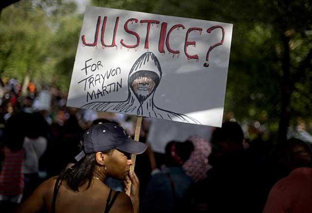 این به پا خاستن مردم اتلانتا در پشتیبانی نوجوان ۱۷ ساله سیاهپوست که قربانی خشم نژاد پرستانه سیاه پوستی شد، و بدادگاه فلوریدا قاتل را آزاد کرد.