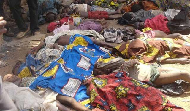 کشتار دسته جمعی مسیحیان به دست اسلام گرایان در نیجریه. این نیز یکی از صدها جنایت مسلمانان است که به دستور قرآن و محمد صورت گرفته است.