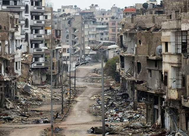 به یکی از شهرهای زیبای سوریه خوش آمدید. هنر دست بشار اسد و همکار عزیزش علی خامنه ای را از نزدیک مشاهده کنید. اگر ملت ایران به تک روی، بی خیالی، خودخواهی، و یا ترس خود ادامه دهد، همین برنامه را رژیم اسلامی به زودی در ایران برای ما پیاده خواهد کرد. بی خیال بمانید، تا به آن روز برسیم!.