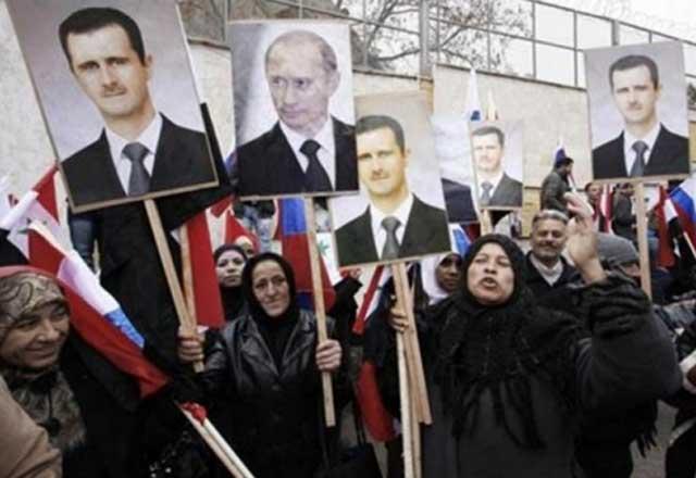 این ها زنان عقب مانده و یا مزدوران و جیره خوارانی هستند که از بشار اسد جنایتکار، و روسیه متجاوز و سلطه طلب حمایت می کنند. حمایت این فرصت طلبان بشار اسد را بر سر قدرت نشانده است.