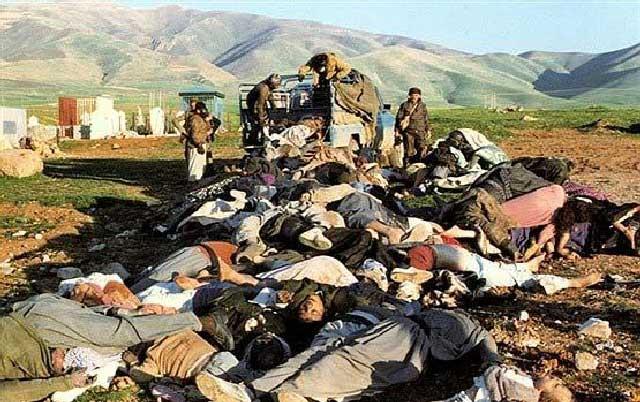 صدام دیکتاتور بزرگ در سال ۱۹۸۸ مناطق کرد نشین و ایران را با بمب های  شیمیایی که دولت های غرب در اختیار او گذاشته بودند و آمریکا هم در جریان بود بمباران نمود و گروه زیادی را به کام مرگ کشاند. آنهایی هم که زنده ماندند سالیان زیادی با درد و سوزش فراوان،،،، و نقص بدنی همراه بوده اند