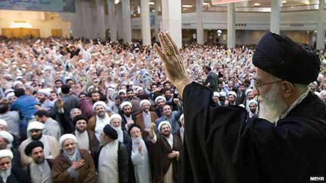 بی تردید خامنه ای بزرگ ترین و خوفناک ترین دیکتاتور عصر ماست و آموزه های دین اسلام به او کمک می کنند تا راحت تر بر مردم ما حکومت کند.