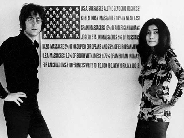 فرتور جان لنون و همسرش را در اعتراض به کشتار مردم ویتنام نشان می دهد.
