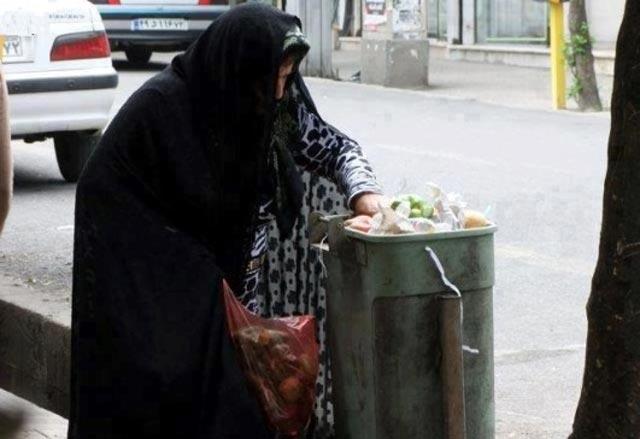 (فقر یکی از بزرگترین هدایای رژیم اسلامی بود. کشوری با رشد اقتصادی بالا که می رفت به قدرتی تبدیل شود، امروز میلیونها بیکار دارد)