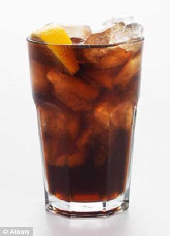 کوکا نیز کافئین است و همان اثر تخریبی روی بدن دارد که چای و قهوه دارند.