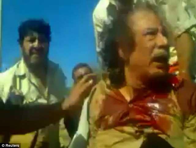 سرانجما قذافی در اکترب ۲۱۱ به دست افراد انقلابی کشته شد و شر او از سر مردم لیبی کوتاه گردید.