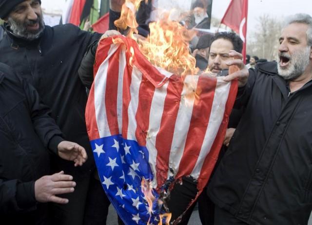 این آتش سوزی و ویرانگری و سوزاندن پرچم آمریکا در پاسخ فیلم آمریکایی است که به انتقاد از محمدابن عبدالله پرداخته است. آیا انتقاد و خرده گیری از فرد و یا مرامی توهین است؟ اینگونه واکنش را بیاد تنها نقطه ضعف و کمبود به اصطلاح توهین شونده و حمایت کنندگان آنست. وگرنه چنانچه فرد و یا مرام و روشی بی عیب و کامل باشد، هرگونه انتقاد بر آن نیز بیهوده است.