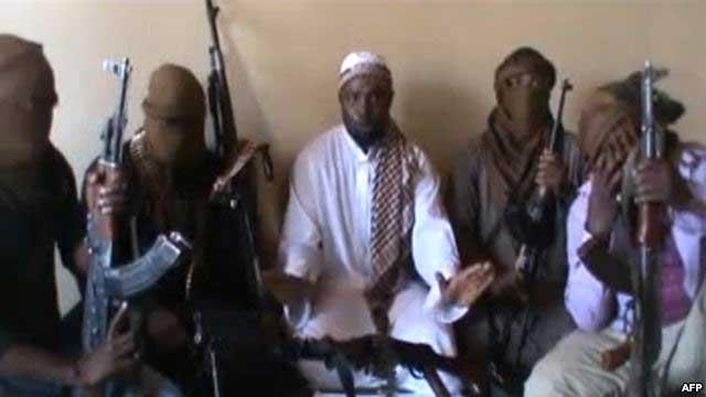 گروه اسلامی بوکورام جنایت خود را در نیجریه با ربودن بیش از ۲۰۰ دختراز یک مدرسه شبانه روزی آغاز کرد. آنان طبق شریعت اسلام می خواهند نخست به دختران تجاوز کرده، و آنگاه به عنوان برده سکس در بازار به حراج گذارند. بازهم بگویید اسلام نقش سازنده ندارد!.