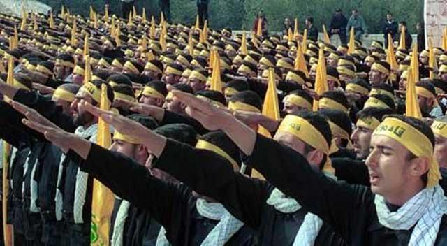 اینها شماری از پاسداران فرومایه و بی فرهنگ ایرانی است که لچک فلسطینی به گردن خود آویخته اند و منافع ایران و مردم ایران را زیر پا گذاشته اند. نفرین براین خیانتکاران.